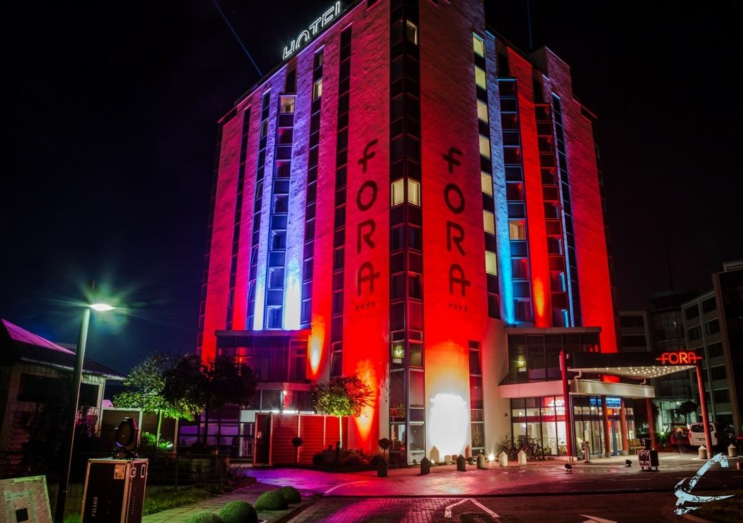Fora Hotel Hannover beleuchtet