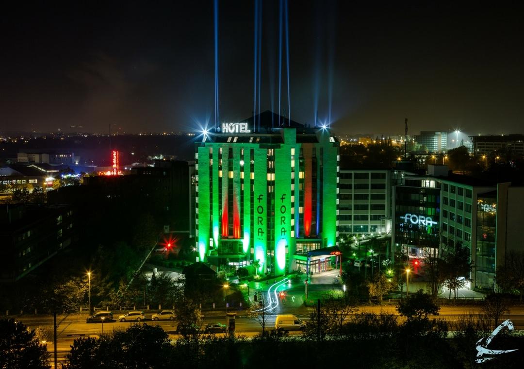 Fora Hotel Hannover grün erleuchtet
